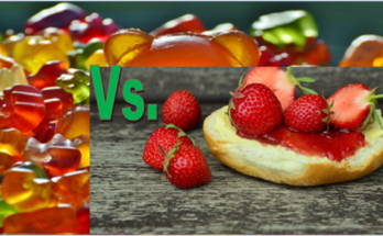 What is the difference between jam and jelly?